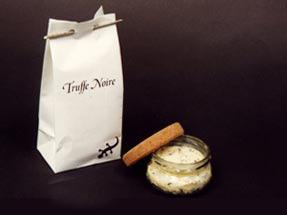 nos truffes noires dans leur emballage